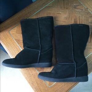 Skechers wedge boot